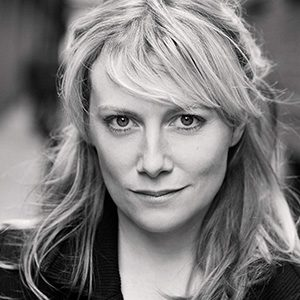 Lily Bevan headshot