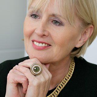 Denise Kingsmill_ Bio_ women and power_ standard image